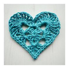Granny Heart - free pattern by Crochet Tea Party