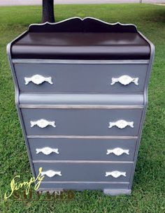 Painted Art Deco Chest of Drawers