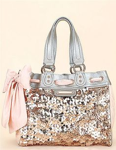 Coach, glitter and bows. Very girly but I like it anyway. Bling Bling, Girly Things, Things I Want, Just In Case, Just For You, Glitter Make Up, Silver Glitter, Glitter Purse, Silver Sequin