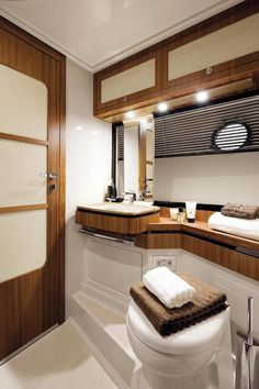 Bathrooms on Blue By You, 50 Foot Azimut Magellano