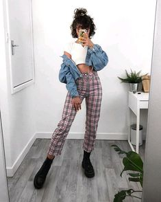 Pink Plaid Pants With Crop Jacket Fashion Crop Jacket pants Pink Plaid plaid pants outfit Trousers Women Outfit, Plaid Pants Outfit, Plaid Outfits, Casual Outfits, Cute Outfits, Grunge Style, Soft Grunge Outfits, Plaid Fashion, Fashion Pants