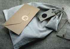 Packaging for bathrobe http://www.maria-concept.de/shop/spa-produkte/bademantel-nirwana-damen/#cc-m-product-8752684999