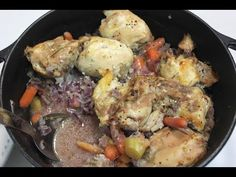 One Pot Chicken Thighs, Carrots and Potatoes: Easy Baked Chicken Dinner Recipe - The Best Chicken Recipes Chicken Potato Bake, One Pot Chicken, Yum Yum Chicken, Chicken Meals, Chicken Recipes Healthy Oven, Chicken Thigh Recipes, Recipe Chicken, Baked Chicken Nuggets, Easy Baked Chicken