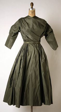 Afternoon dress | Madame Grès (Alix Barton) (French, Paris 1903–1993 Var region) | Date: 1945–55 | Culture: French