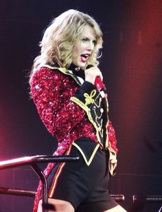Taylor Swift The Red Tour