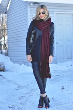BURGUNDY WOOL SCARF – Lovely Luciano