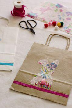 Como decorar sacos para os presentes de Páscoa / Easter decoration bag - DIY