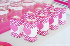 Juice boxes wrapped in scrapbook paper!  SO cute! - via @Crystal (A Pumpkin and A Princess) Valentine Treats, Valentine Party, Valentine Activities, Valentines Day Food, Valentines For Kids, Valentine Stuff, Holiday Treats, International Delight Iced Coffee, Classroom Snacks