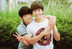 Seo In Gook and Hoya (Infinite) - Reply 1997/Answer Me 1997