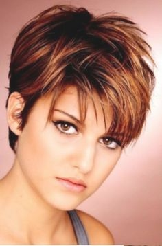 Short Hairstyles For Round Face Eyes Make Up Blue Eyes Short Hair Cuts For Fine Thin