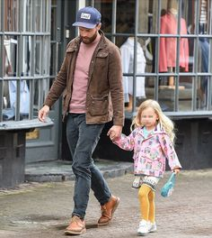 Jamie and his daughter Dulcie Fifty Shades Movie, Fifty Shades Darker, 50 Shades, Jaime Dornan, Mr Grey, Attractive People, Christian Grey, Dakota Johnson, Perfect Man