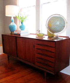 Love the look, especially because I feel a globe is essential in any home.