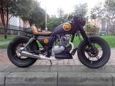 Have to be honest; the only Suzuki Gn 125 custom I've seen that looks any good. Well done Felipe Saldarriaga