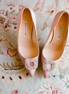 Wedding Shoes, Manolo Blahnik, Photo: Kate Headley - New York Wedding http://caratsandcake.com/travisanddanielle