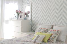 Cómo decorar una habitación de matrimonio con papel pintado | el taller de las… #habitacionmatrimonio
