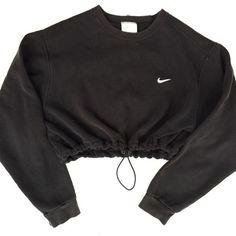 Reworked Nike Crop Sweatshirt Black ($40) ❤ liked on Polyvore featuring tops, hoodies, sweatshirts, sweaters, jackets, shirts, sweatshirt crop top, sweat tops, nike and nike sweatshirt