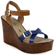 Πλατφόρμες με διακοσμητικό τοκά  - Γυναικείες πλατφόρμες με διακοσμητικό τοκά του οίκου Adam's. Κομψό και άνετο, με εντυπωσιακό σχεδιασμό, ένα... Wedges, Shoes, Fashion, Moda, Zapatos, Shoes Outlet, Fashion Styles, Shoe, Footwear