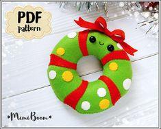 Christmas pattern felt Christmas wreath pattern PDF wreath Christmas ornaments pattern felt wreath s Felt Christmas Decorations, Felt Christmas Ornaments, Christmas Crafts, Christmas Stocking, Xmas, Felt Diy, Felt Crafts, Baby Pattern, Ornament Pattern