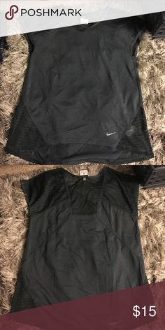 Nike Dri Fit workout shirt Worn once. Very nice and cool Nike Tops Tees - Short Sleeve