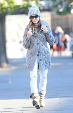 How to Wear your #Winter #hat like a super star  #fashion #style #celebrities
