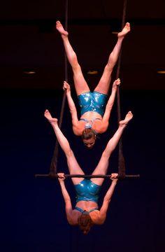 Christine Van Loo and Shana Lord - duo trapeze
