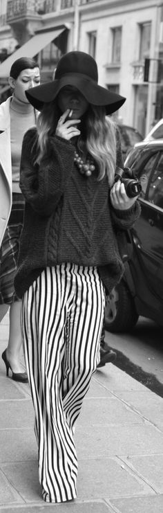 Boho-Hippie this wouls so be me if I where 30years younger, love...love knit...love stripe...and love....