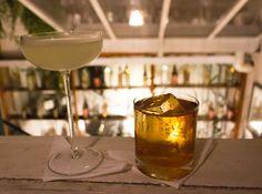 Gin & It (gin, vermute italino e bitter de gengibre) e Rabo de Galo no Bar…