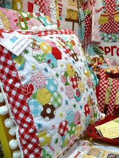 Want to make one of these! quilted pillow