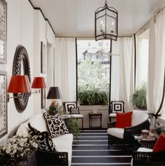 kelley proxmire by coco+kelley, via Flickr - Beautiful sunroom <3