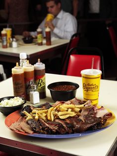 Check out what New Yorker columnist Calvin Trillin considered to be the best restaurant in the world, Arthur Bryants. Barbecue Restaurant, Bbq, Arthur Bryants, Great American Road Trip, Columnist, Kansas City, Travel Tips, Places, Check