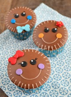 Gingerbread man cupcakes -
