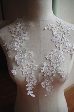 off white  lace applique with retro floral, ivory venice lace applique by pair