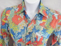 27327438885 Vintage Womens Medium Floral Shirt Blouse Garden by TraSheeWomen  60s  70s   vintageclothing