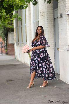 Stylish Plus-Size Fashion Ideas – Designer Fashion Tips Older Women Fashion, Plus Size Fashion For Women, Curvy Fashion, Fashion Edgy, Feminine Fashion, Fashion Fall, Look Plus Size, Curvy Plus Size, Plus Size Clothing Stores