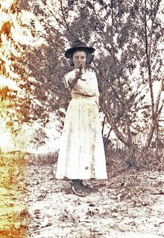 Great Grandma Helen D. Kendall with a gun ca. Lake Charles, Vintage Pictures, Family History, Louisiana, Kendall, Gun, Statue, Firearms, Pistols