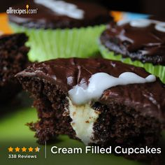 """Cream-Filled Cupcakes 