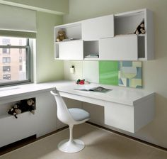 Kids' desk space, featuring a #Saarinen Womb Chair perfect for the contemporary home. #modernalways