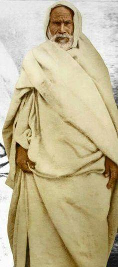 شيخ الشهداء عمر المختار(رمز المقاومة الوطنية الليبية)