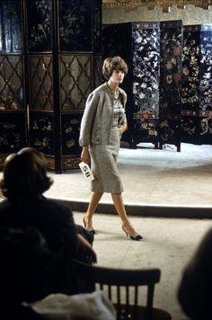 Photo d'actualité : Chanel in Paris, France in 1960 - Chanel fashion...