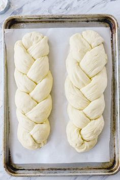 challah bread Create your own delicious Challah Bread at home with this easy to step by step tutorial Challah Bread Recipes, Easy Bread Recipes, Cooking Recipes, Easter Bread Recipe, Easter Recipes, Passover Bread Recipe, Challa Bread, Jewish Bread, Braided Bread