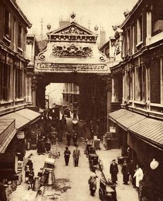 Leadenhall Market by Donald McLeish produced by The Fleetway House in the nineteen-twenties
