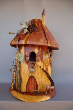 Super neat birdhouses, I would love to try my hand at making something like that one day...or maybe even a fairy house...
