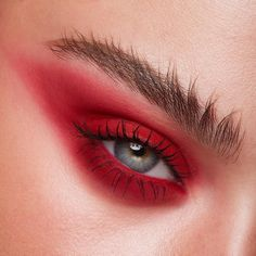 [New] The Best Makeup Ideas Today (with Pictures) - These are the best makeup ideas today (with pictures). According to makeup experts, the Red Eye Makeup, Colorful Eye Makeup, Eye Makeup Tips, Makeup Inspo, Makeup Art, Makeup Inspiration, Beauty Makeup, Makeup Ideas, Aesthetic Makeup