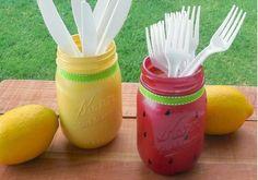 O ι άδειες γυάλινες συσκευασίες από κάθε είδους τρόφιμα ή τα ίδιας μορφής βάζα κουζίνας είναι  μια από τις πιο οικονομικές διακοσμητι...