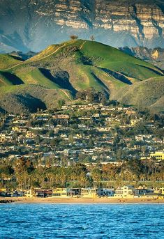 Ventura, California in Ventura Beach, Ventura California, Ventura County, California Dreamin', Places To Travel, Places To See, California Wallpaper, San Fernando Valley, Best Sunset