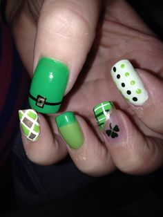 St pattys day nails #nailart #naildesign