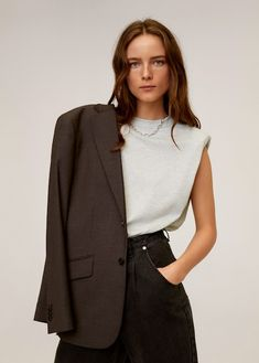 Shoulder pad t-shirt - Woman | MNG Australia Store Bateau, Mango Tops, Wishlist Shopping, Base, Affordable Clothes, Shoulder Pads, Who What Wear, T Shirts, Latest Fashion Trends