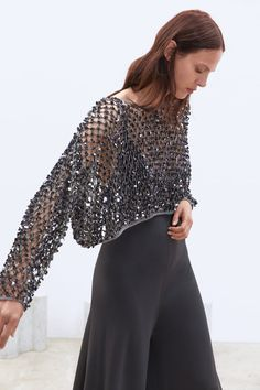 Party Dresses For Women, Nice Dresses, Stage Outfits, Fashion Outfits, Pull Court, Online Zara, Vestidos Zara, Sequin Sweater, Knitwear Fashion