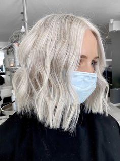 Ice Blonde Hair, Silver Blonde Hair, Blonde Hair Looks, Ashy Blonde, Cool Toned Blonde Hair, Yellow Blonde Hair, Blonde Honey, Hair Color Balayage, Grunge Hair