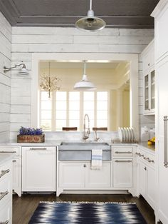 Buried under plain-Jane finishes, this Texas kitchen was just waiting to be restored to its authentic farmhouse style.